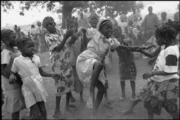 Enfants du pays Lobi